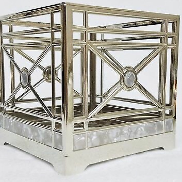 Bath & Body Works Other - Bath and Body Works 3 wick Candle Holder